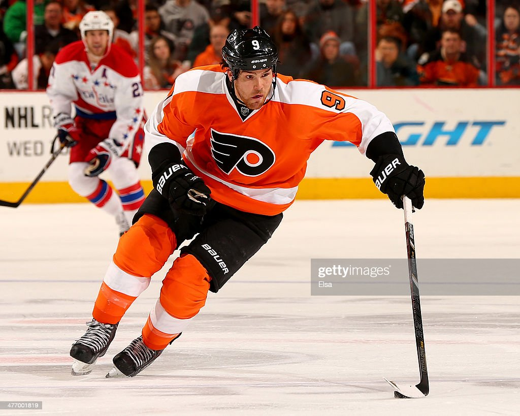 Steve Downie #9 of the Philadelphia Flyers takes the puck in the second period against the Washington Capitals at Wells Fargo Center on March 5, 2014 in Philadelphia, Pennsylvania.