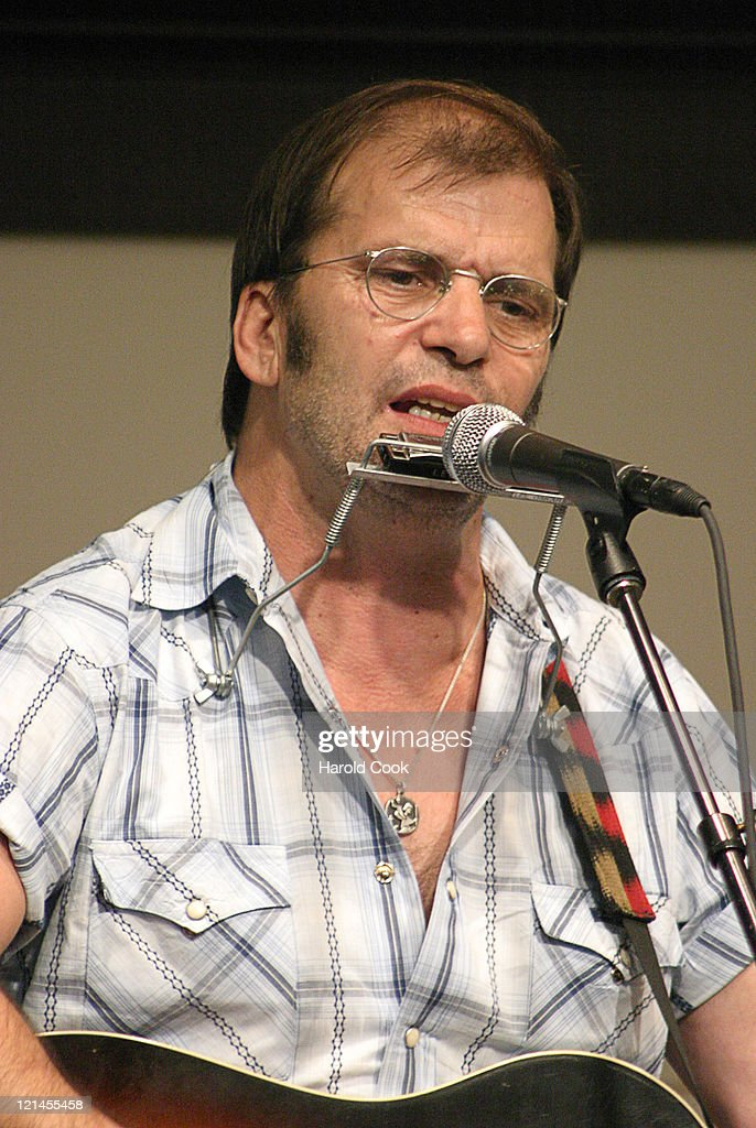 """Steve Earle Performs from his New Album """"The Revolution Starts Now"""" at Barnes"""