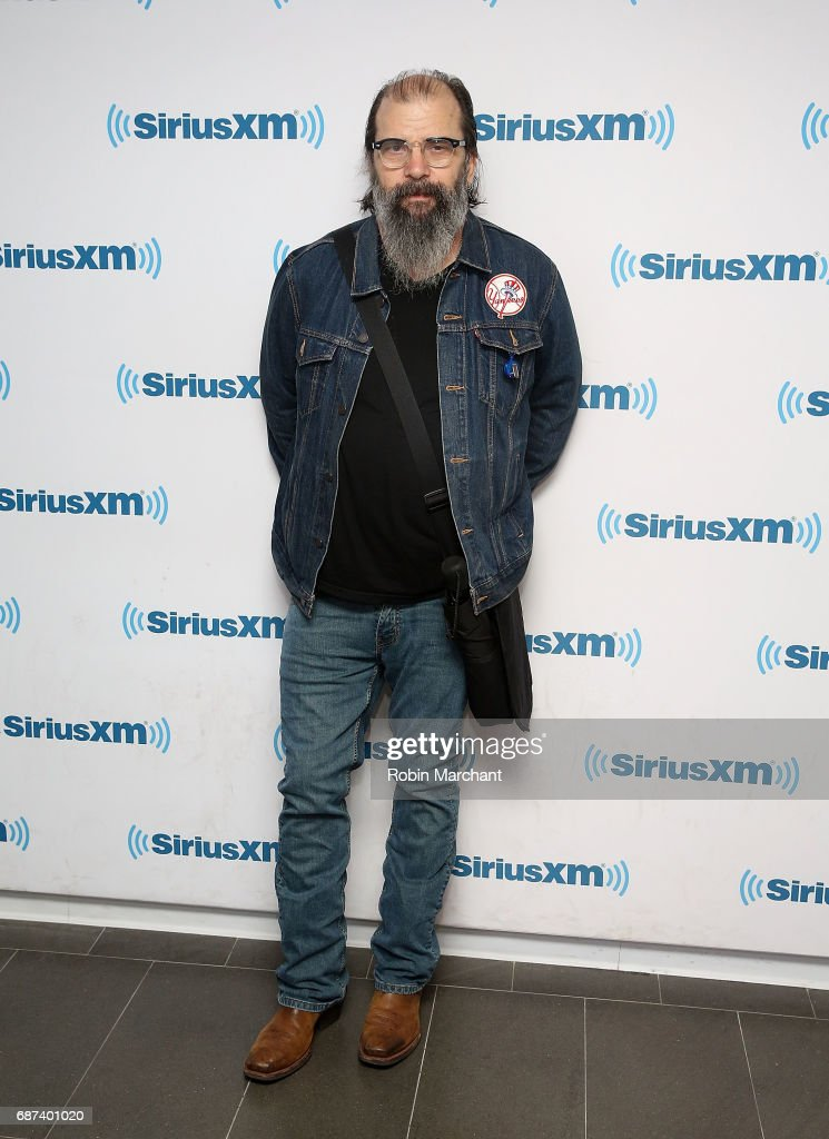 Steve Earle visits at SiriusXM Studios on May 23, 2017 in New York City.