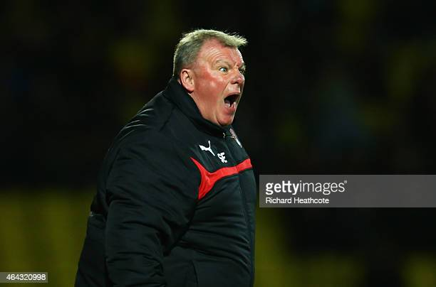 Steve Evans manager of Rotherham United shouts during the Sky Bet Championship match between Watford and Rotherham United at Vicarage Road on...