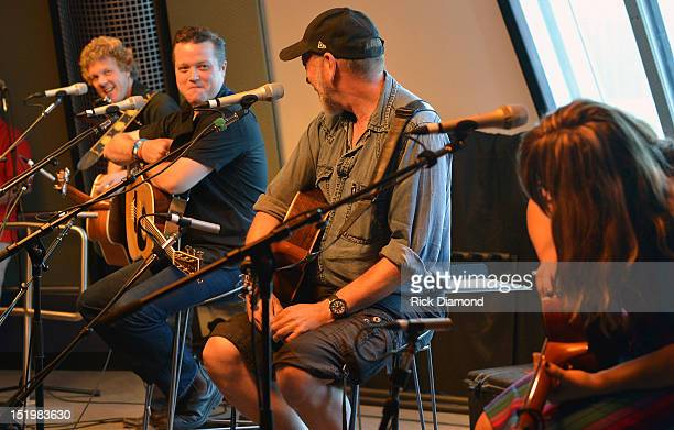 "Steve Forbert, Jason Isbell, Ricjard Thompson and Sara Watkins performs during a live radio broadcast of SiriusXM Outlaw Country presents ""Americas..."