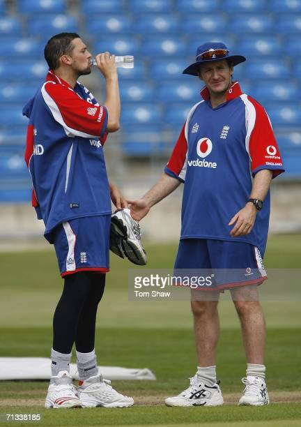 Steve Harmison of England has a drink with bowling coach Kevin Shine of England during the England nets session prior to the 5th One Day...