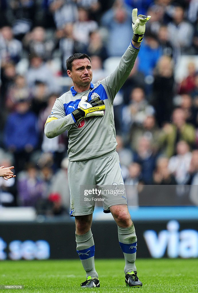 Steve Harper of Newcastle acknowledges the fans after his last match for the club follwoing the Barclays Premier League match between Newcastle United and Arsenal at St James' Park on May 19, 2013 in Newcastle upon Tyne, England.