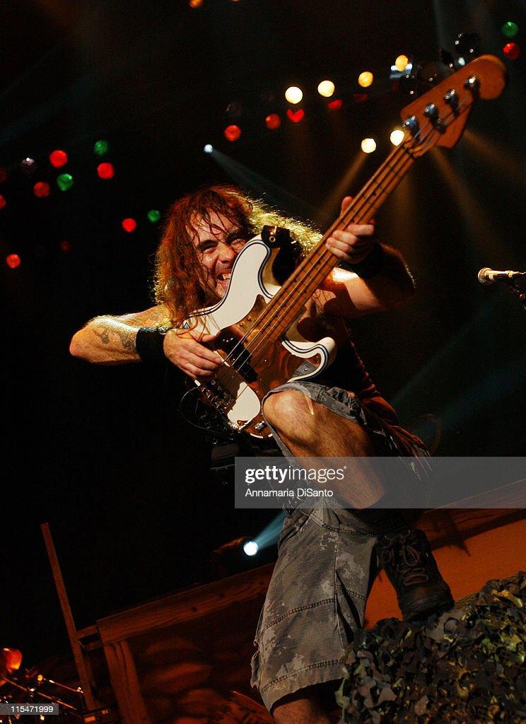 Iron Maiden Concert in Toronto - October 16, 2006 : News Photo