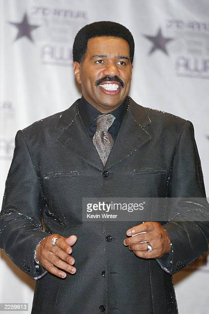Steve Harvey at the 2nd Annual BET Awards at the Kodak Theatre in Hollywood Ca Tuesday June 25 2002 Photo by Kevin Winter/ImageDirect