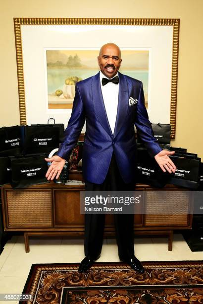 Steve Harvey attends the 2014 Steve Marjorie Harvey Foundation Gala presented by CocaCola VIP Reception at the Hilton Chicago on May 3 2014 in...