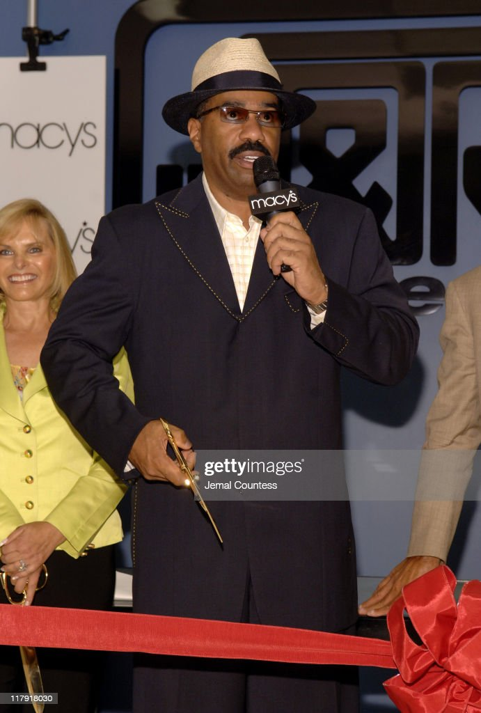 4088aa68ba998 Steve Harvey and New York Yankee Graig Nettles at Ribbon-Cutting Ceremony  Announcing Expansion of