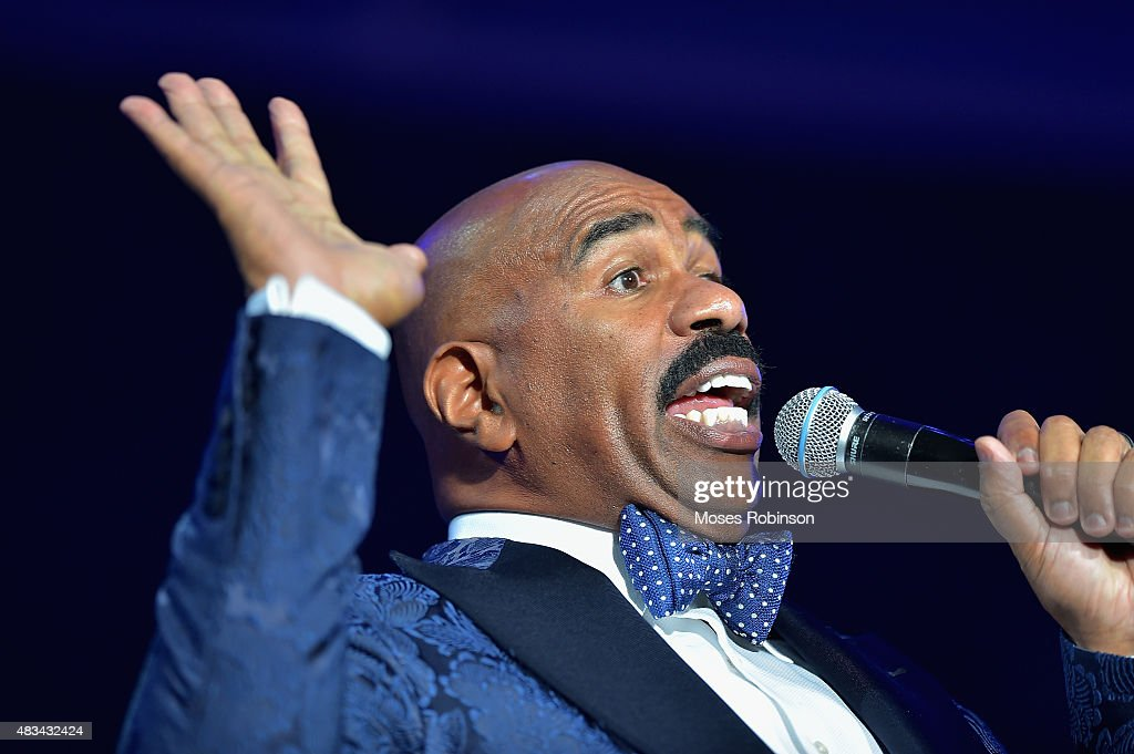 2015 Ford Neighborhood Awards Hosted By Steve Harvey - Show