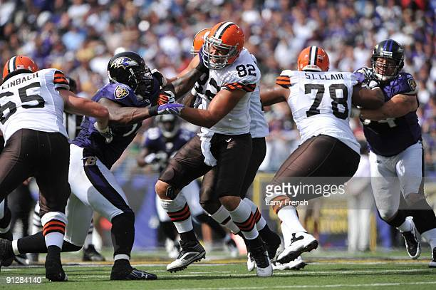 Steve Heiden of the Cleveland Browns defends against the Baltimore Ravens at MT Bank Stadium on September 27 2009 in Baltimore Maryland The Ravens...
