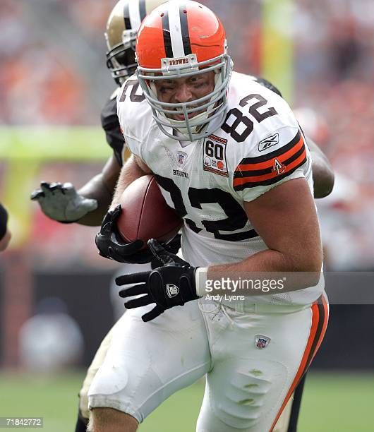 Steve Heiden of the Cleveland Browns runs with the ball during the game against the New Orleans Saints on September 10 2006 at Cleveland Browns...