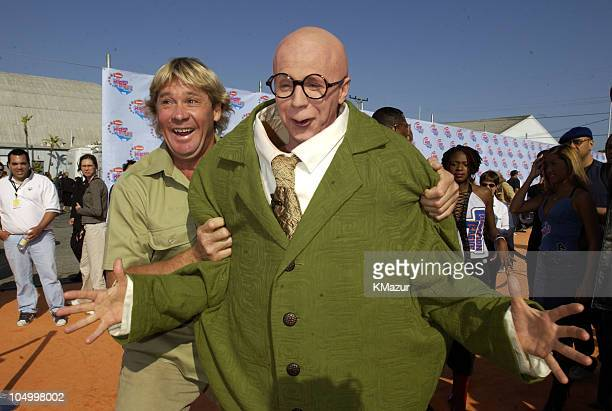 Steve Irwin and Dana Carvey during Nickelodeon's 15th Annual Kids Choice Awards - Arrivals at Barker Hanger in Santa Monica, California, United...