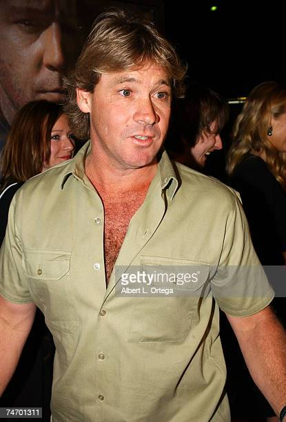 Steve Irwin at the Academy Theatre in Beverly Hills, California
