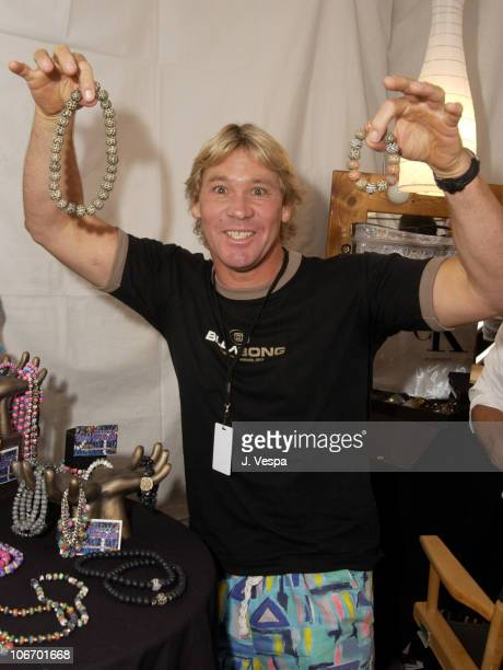 Steve Irwin holding up Viva Beads during Nickelodeon's 15th Annual Kids Choice Awards - Backstage Creations Talent Retreat Day 2 at Barker Hangar in...