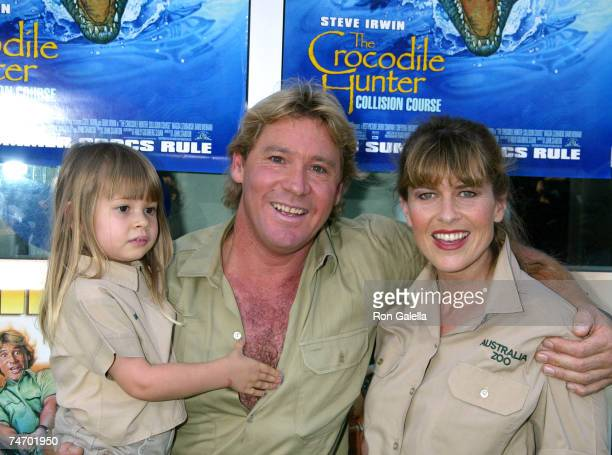 Steve Irwin, Terri Irwin, and daughter at the Arclight Cinerama Dome in Hollywood, California