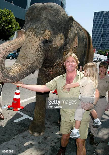 Steve Irwin, Terri Irwin, and daughter