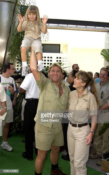 Steve Irwin Terri Irwin daughter Bindi Irwin during The Crocodile Hunter Collision Course Premiere at Arclight Cinerama Dome in Hollywood California...