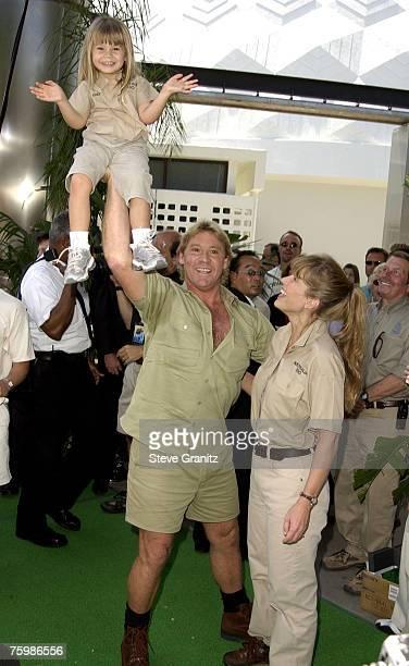 Steve Irwin, Terri Irwin & daughter Bindi Irwin
