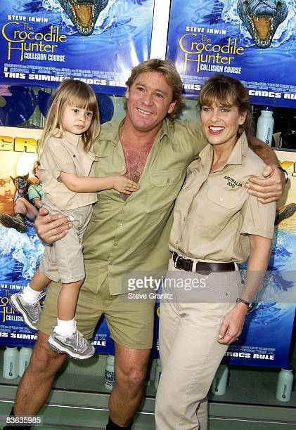 Steve Irwin, Terri Irwin & daughter