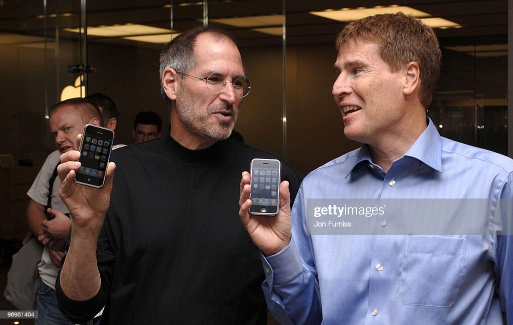 Apple launch the exclusive iPhone on O2 : News Photo