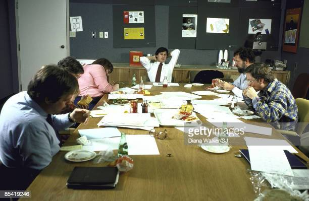 Steve Jobs leading a lunchtime huddle with his design team at Apple Headquarters in Cupertino, CA. IMAGE PREVIOUSLY A TIME & LIFE IMAGE. IMAGE HELD...