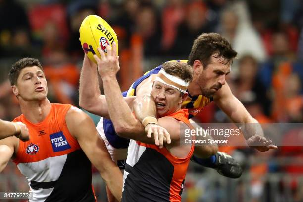 Steve Johnson of the Giants marks during the AFL First Semi Final match between the Greater Western Sydney Giants and the West Coast Eagles at...