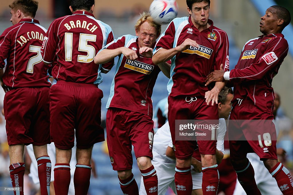 Burnley v Bolton Wanderers : News Photo