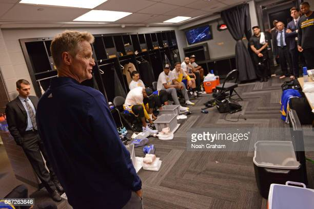 Warriors Locker Room Pictures and Photos | Getty Images