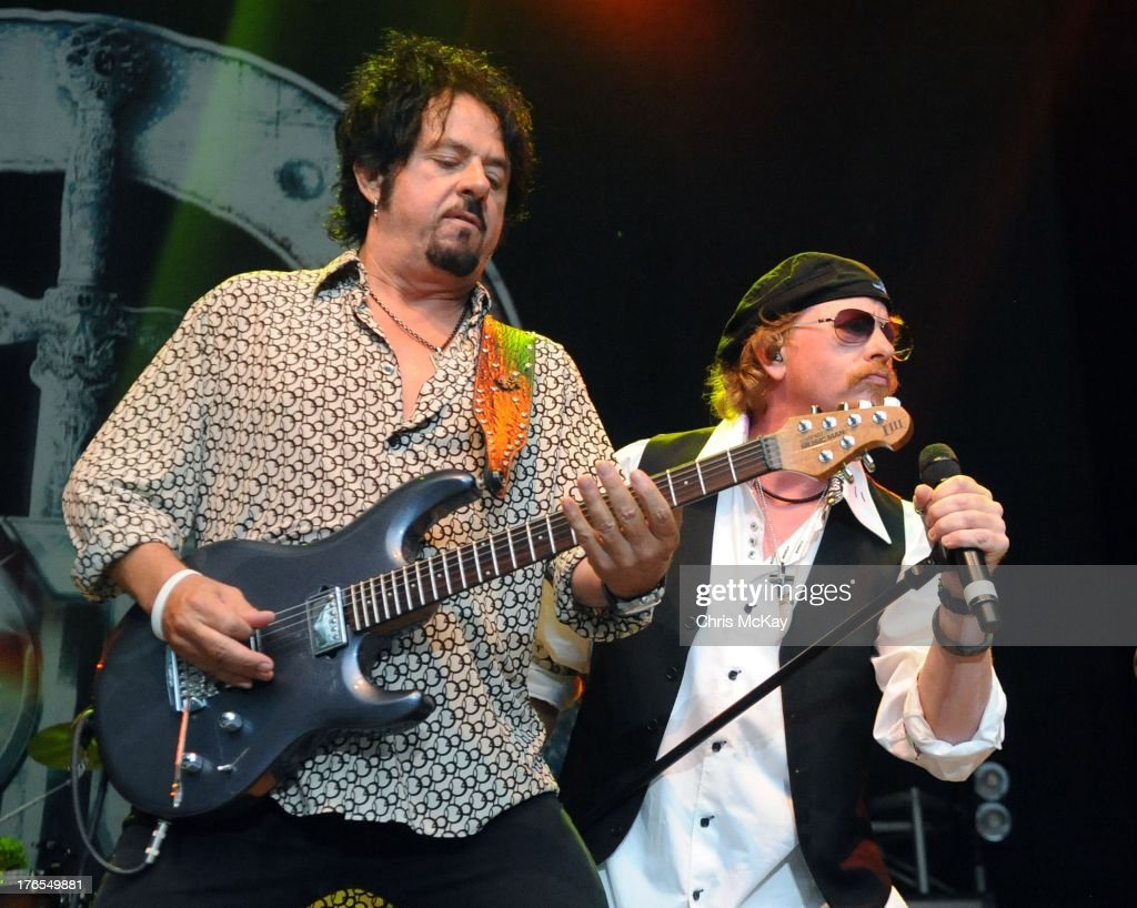 Kansas & Toto In Concert - Atlanta, GA Photos and Images | Getty Images
