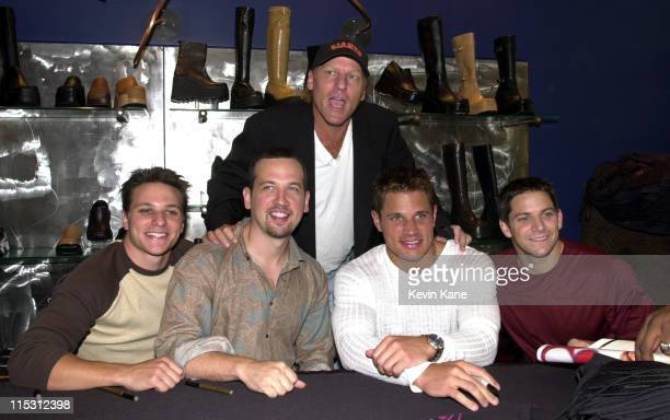 Steve Madden with Drew Lachey Justin Jeffre Nick Lachey Jeff Timmons of 98 Degrees
