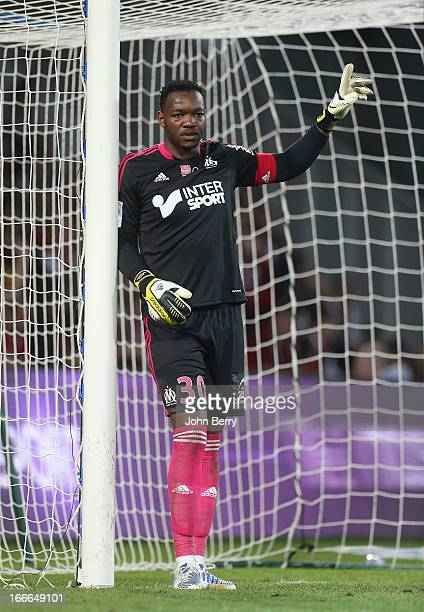 Steve Mandanda goalkeeper of Marseille in action during the Ligue 1 match between Lille OSC LOSC and Olympique de Marseille OM at the Grand Stade...