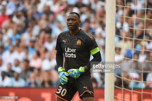 Steve Mandanda of Marseille during the Ligue 1 match between Marseille and Reims at Stade Velodrome on August 10, 2019 in Marseille, France.