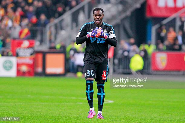 Steve Mandanda of Olympique de Marseille is warming up during the game between RC Lens and Olympique de Marseille at Stade de France on March 22 2015...