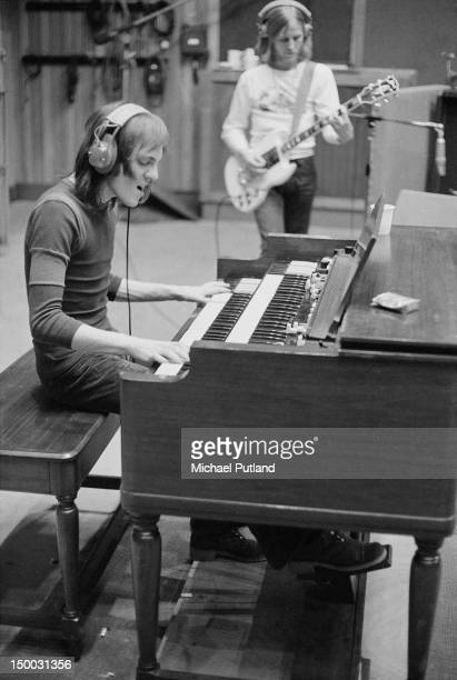 Steve Marriott and Clem Clempson recording the album 'Smokin'' with English rock group Humble Pie at Olympic Studios Barnes London 20th January 1972