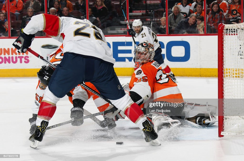 Steve Mason #35 of the Philadelphia Flyers makes a kick save against Thomas Vanek #26 of the Florida Panthers on March 2, 2017 at the Wells Fargo Center in Philadelphia, Pennsylvania. The Flyers went on to defeat the Panthers 2-1 in a shootout.