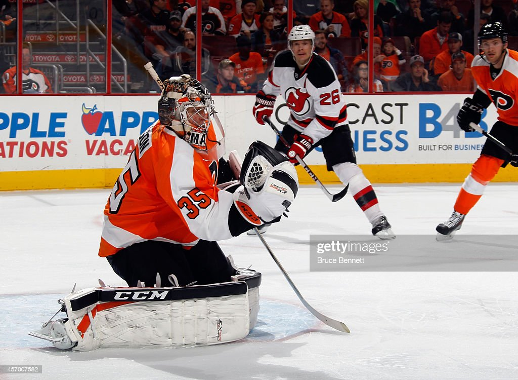 Steve Mason #35 of the Philadelphia Flyers tends net against the New Jersey Devils at the Wells Fargo Center on October 9, 2014 in Philadelphia, Pennsylvania. The Devils defeated the Flyers 6-4.