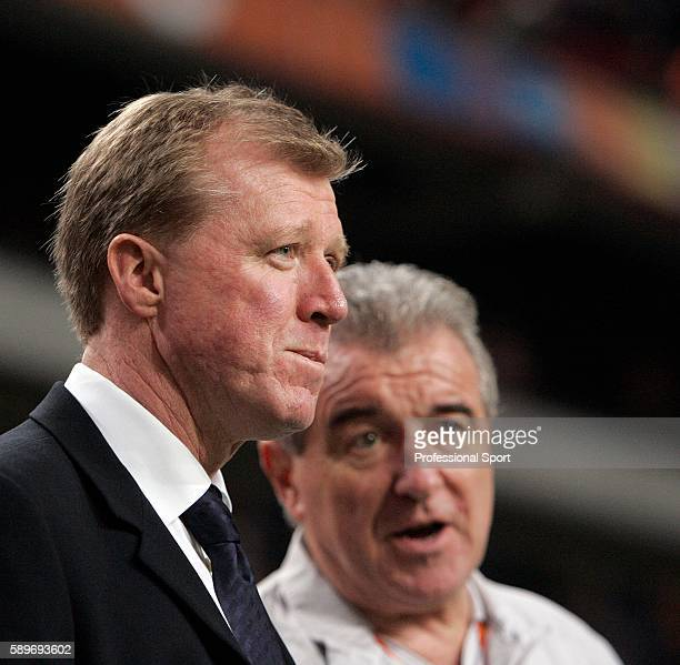 Steve McClaren manager of England with Terry Venables during the International friendly match between Holland and England at The Amsterdam Arena on...