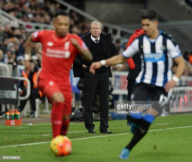 Steve McClaren manager of Newcastle United during the Barclays Premier League match between Newcastle United and Liverpool at St James' Park on...