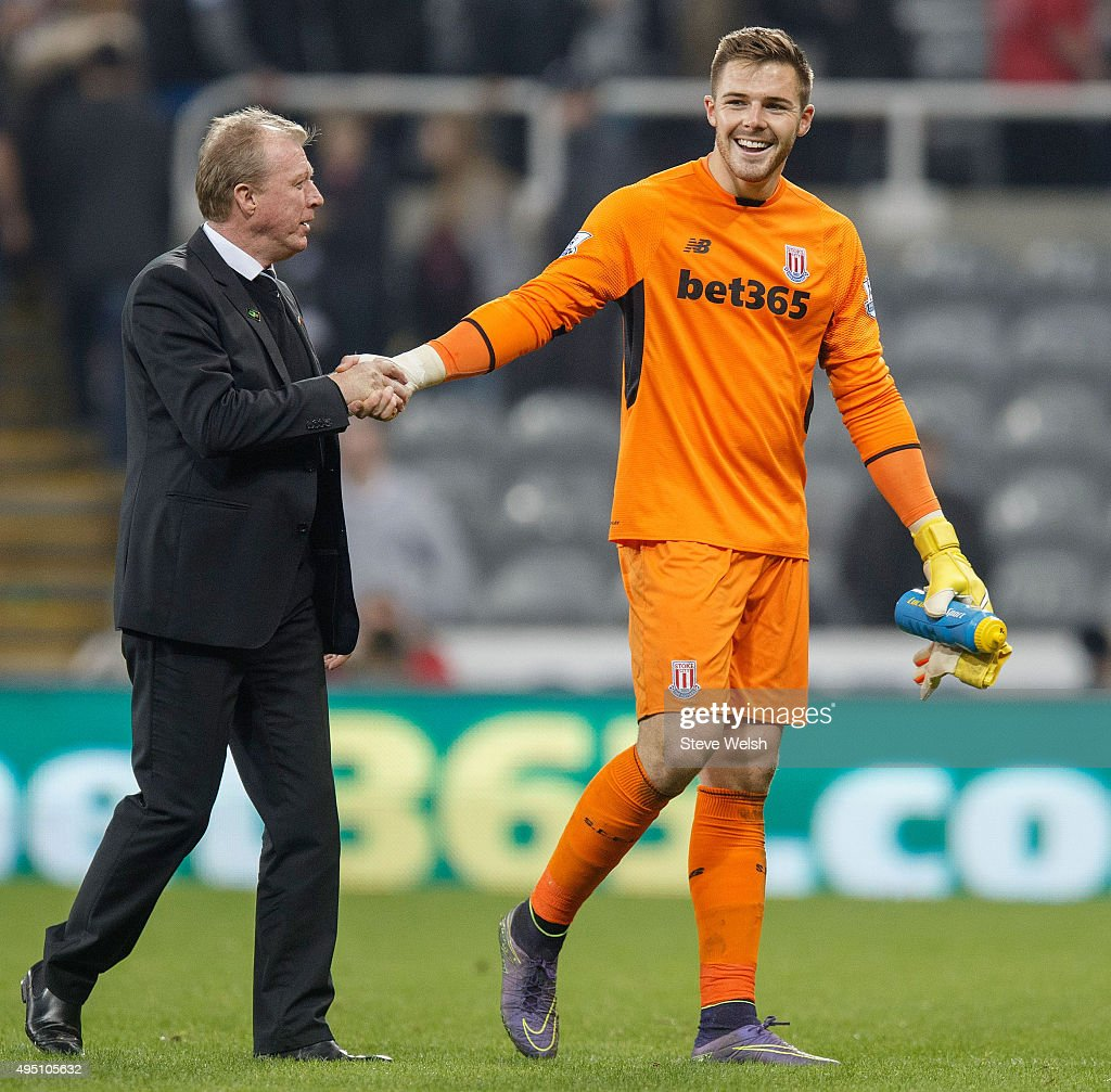 Steve McClaren manager of Newcastle United shakes hands with Jack Butland of Stoke City after the scoreless draw in the Barclays Premier League match between Newcastle United and Stoke City at St James' Park on October 31, 2015 in Newcastle upon Tyne, England.