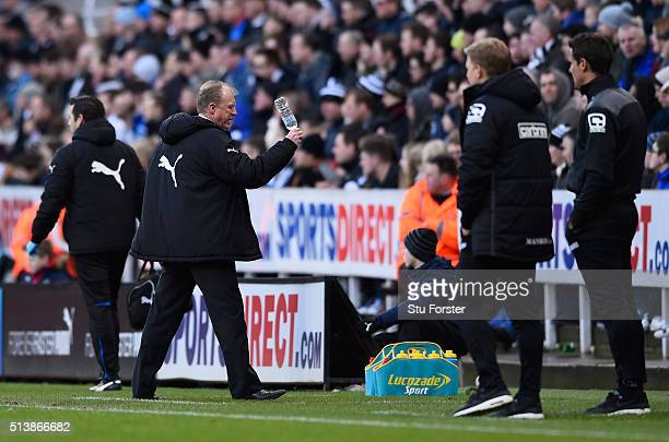 Steve McClaren manager of Newcastle United throws a bottle of water during the Barclays Premier League match between Newcastle United and AFC...