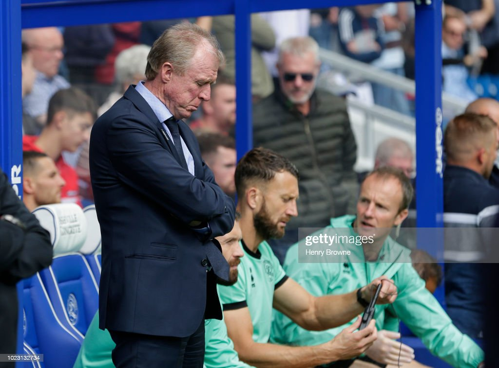 Steve McClaren of Queens Park Rangers during the Sky Bet Championship match between Queens Park Rangers and Wigan Athletic at Loftus Road on August 25, 2018 in London, England.
