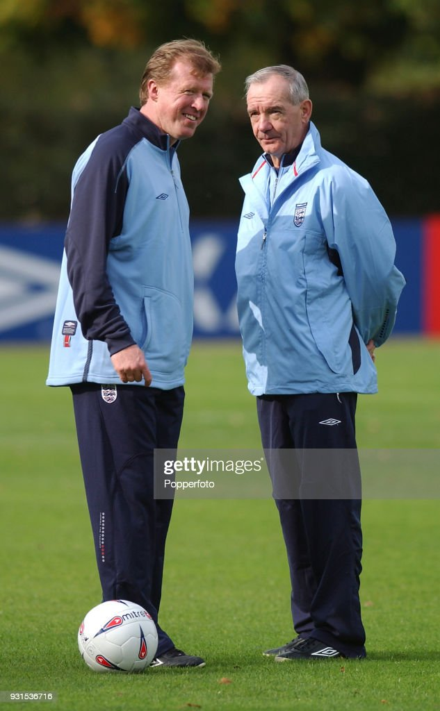 Steve McClaren (left) with Tord Grip during England training at Bisham Abbey near Marlow on October 10, 2002.