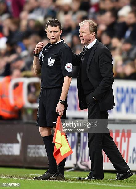 Steve McLaren manager of Newcastle United in discussion with the assistant referee during the Barclays Premier League match between Newcastle United...