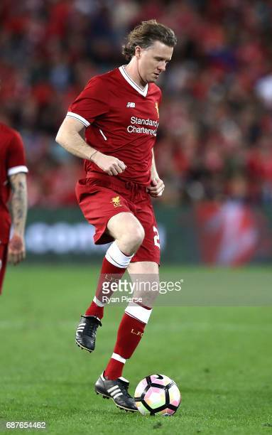 Steve McManaman of Liverpool controls the ball during the International Friendly match between Sydney FC and Liverpool FC at ANZ Stadium on May 24...