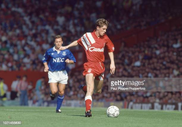 Steve McManaman of Liverpool in action during the Barclays League Division One match between Liverpool and Everton at Anfield on August 31 1991 in...
