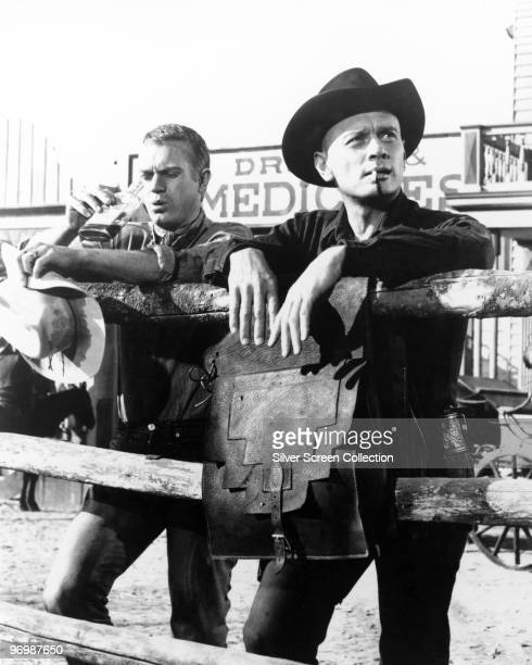 Steve McQueen as Vin and Yul Brynner as Chris in 'The Magnificent Seven' 1960