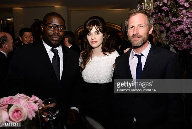 Steve McQueen Zooey Deschanel and Spike Jonze attend the Bloomberg Vanity Fair cocktail reception following the 2014 WHCA Dinner at Villa Firenze on...