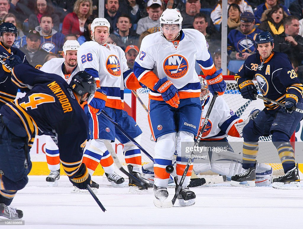 New York Islanders v Buffalo Sabres