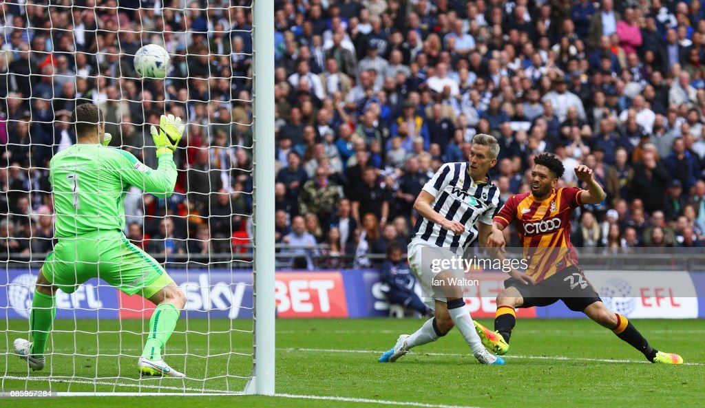 Bradford City v Millwall - Sky Bet League One Playoff Final : News Photo