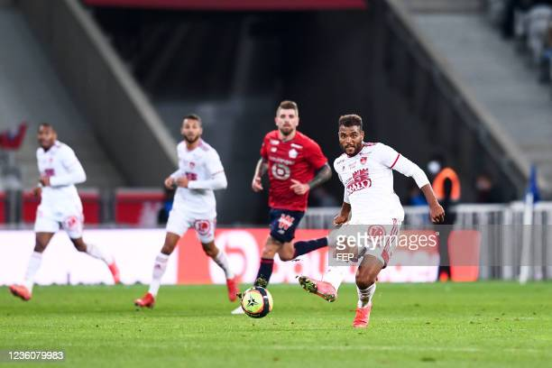 Steve MOUNIE during the Ligue 1 Uber Eats match between Lille and Brest at Stade Pierre Mauroy on October 23, 2021 in Lille, France.