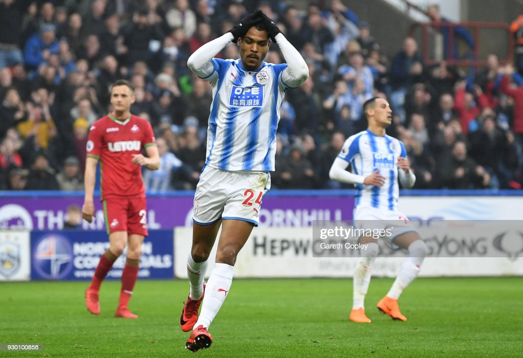 Huddersfield Town v Swansea City - Premier League